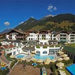 LEADING FAMILY HOTEL & RESORT Alpenrose in Lermoos / Zugspitze