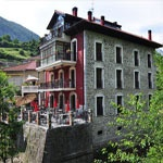 La Casa del Puente (Brücken Haus) in Regules / Kantabrische Gebirge