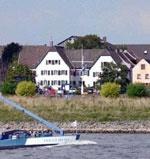Rhein River Guesthouse in Hitdorf / Köln