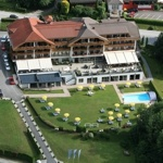 Hotel SCHÖNBLICK - Schneider GmbH in Velden am Wörthersee / Wörthersee