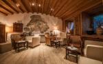 Radler Hotel Strasserwirt Herrenansitz zu Tirol in Strassen