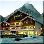 Hotel Tyrolia in Rocca Pietore / Dolomiten