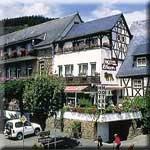 das Motorrad Hotel Moselromantik-Hotel in Ediger-Eller