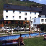 das Motorrad Hotel Moselromantik-Hotel Dampfm�hle in Enkirch / Mosel