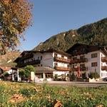 Wanderhotel Riederhof**** in Ried im Oberinntal / Tiroler Oberland im Dreiländereck