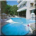 Hotel Queen Mary - Club Vacanze  in Cattolica - alle Details