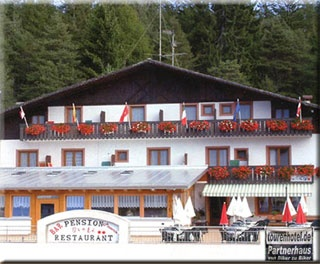 Motorrad Hotel Pension Greti in St. Felix am Gampenpass in Gampenpass