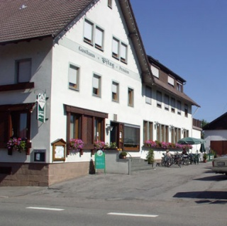 Hotel for Biker Gasthaus Pflug in Aichhalden / Rötenberg in Schwarzwald