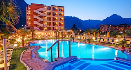 Biker Hotel HOTEL SAVOY PALACE in Riva Del Garda