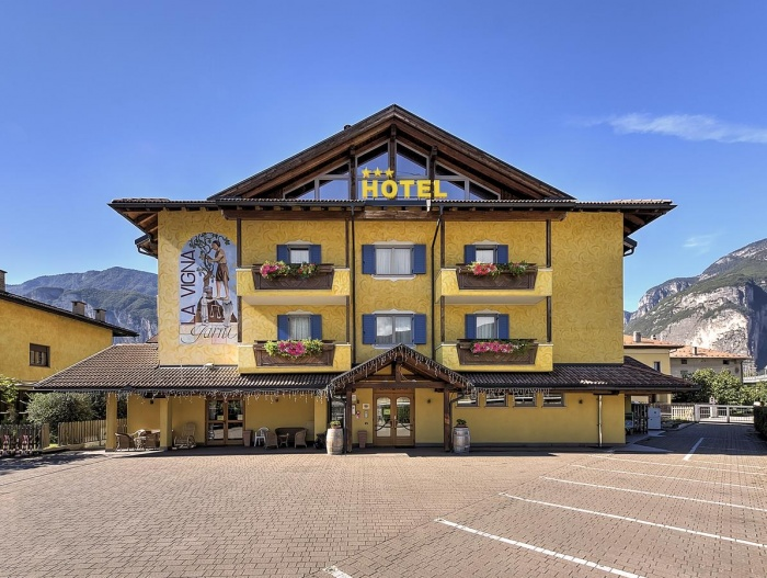 Biker Hotel Hotel Garni La Vigna in St. Michael an der Etsch