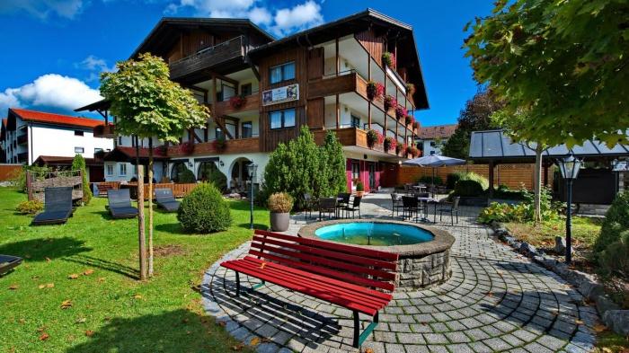 Familienhotel K�NIGSHOF CITY GARNI - Henne Privat-Hotels in Oberstaufen