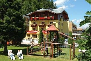 Biker Hotel Hotel Badhaus in Zell am See