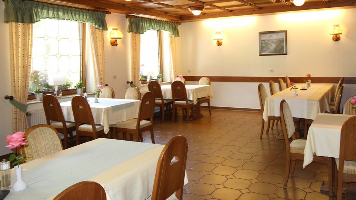 Airporthotel Moselromantik-Hotel Dampfm�hle in Enkirch / Mosel