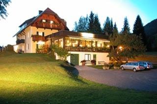 Biker Hotel Kraners Alpenhof in Weissensee
