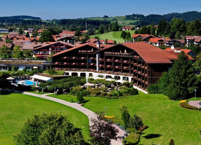 Flughafen Hotel Lindner Parkhotel & Spa Oberstaufen in Oberstaufen