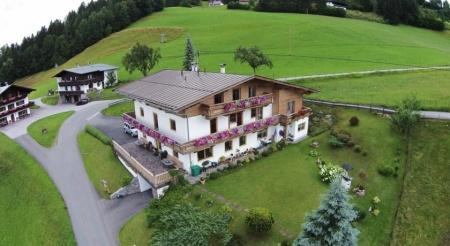Biker Hotel Pension Sonnleit´n in Kirchdorf in Tirol