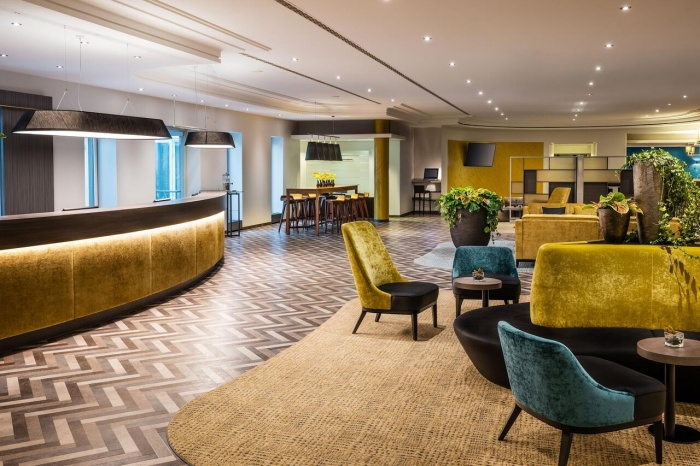 Flughafen Hotel SHERATON DÜSSELDORF AIRPORT HOTEL in Düsseldorf