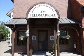 Biker Hotel Hotel Am Feldmarksee in Sassenberg