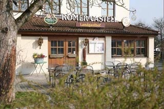 Hotel for Biker Landgasthof Römer-Castell in Kipfenberg / Böhming in Naturpark Altmühltal