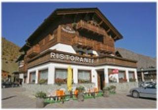 Hotel for Biker Hotel Croce Bianca in Livigno in Alta Valtellina