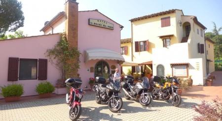 Motorrad Il Molino del Ponte in Montespertoli in Florenz
