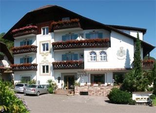 Hotel for Biker Hotel-Pension Reinhild in Nals / Südtirol in Meran