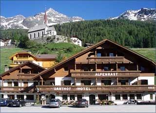 Motorrad Berghotel Alpenrast in Sand in Taufers in Tauferer Ahrntal