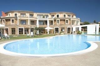 Motorrad Hotel Resort & Spa Baia Caddinas in Golfo Aranci (OT) in Sardinien