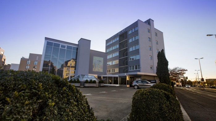 Motorrad Hotel Belair in Wallisellen / Zürich in