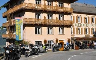Motorrad Hotel Belvedere in Seez in Saint Bernard in