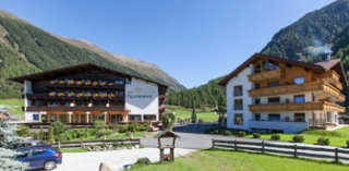 Motorrad Hotel Bergidylle Falknerhof in Niederthai in Ötztal