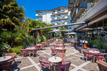 Motorrad Hotel Continental am Gardasee in Nago-Torbole in Gardasee