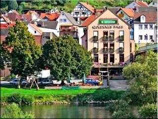 Motorrad Hotel Goldenes Fass in Freudenberg in Odenwald - Untermain