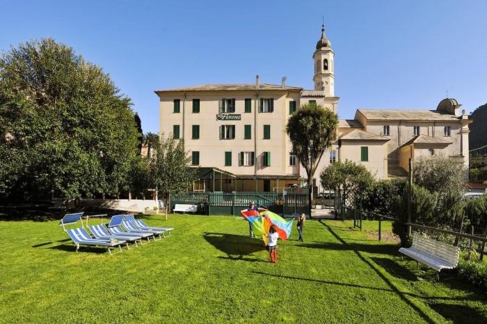 Hotel Florenz in Finale Ligure (Sv) / Ligurische Küste, Blumen- und Palmenriviera