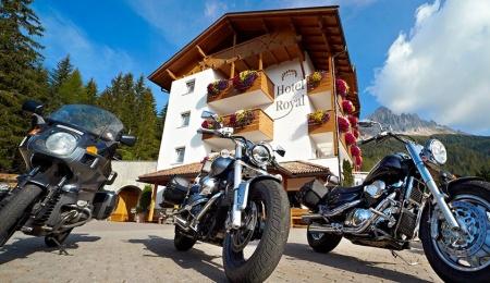 Motorrad HOTEL ROYAL in Deutschnofen in Eggental