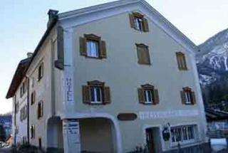 Hotel for Biker Landgasthaus Post in Surava in Graubünden