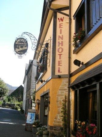 Hotel for Biker Weinhotel Hubertus in Klotten in Mosel