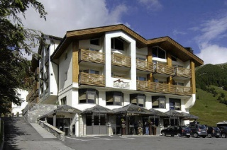Motorrad Hotel Lac Salin Spa & Mountain Resort in Livigno in Alta Valtellina