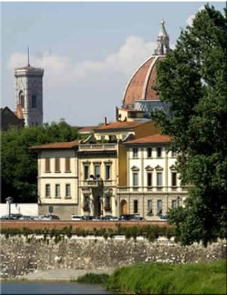 Motorrad Best Western Hotel River in Florenz in Florenz