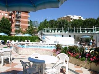 Motorrad Club Hotel Smeraldo in Cesenatico (FC) in Nördliche Adriaküste