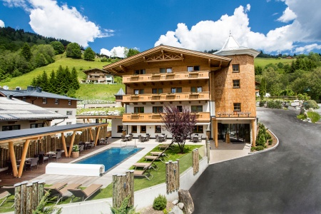 Hotel for Biker Hotel Sonnegg in Saalbach in Saalbach Hinterglemm