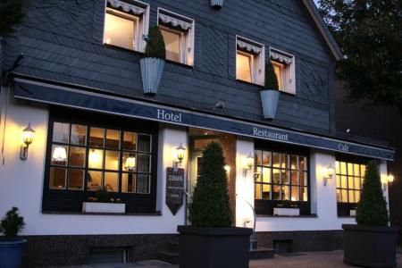 Preiswert und gur übernachten im Hotel Villa Verde Hotel Angebot in Düsseldorf