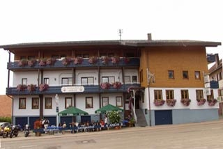 Motorrad Landgasthof Anker in Simmersfeld in Nördlicher Schwarzwald