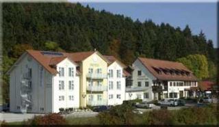 Hotelbewertungen zu Landhotel H�hnerhof in Tuttlingen