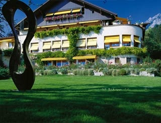 Motorrad Park-Hotel Sonnenhof in Vaduz in Vaduz