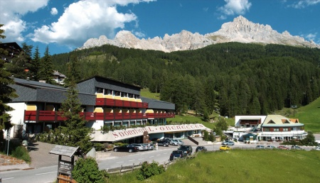 Hotel for Biker WELLNESS & VITAL SPORTHOTEL OBEREGGEN in Obereggen in Dolomiten