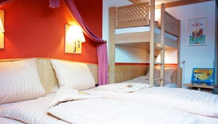 motorradfahrerfreundliches hotel am stadtring in nordhorn in der urlaubsregion grafschaft bentheim. Black Bedroom Furniture Sets. Home Design Ideas