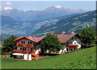 motorradfahrerfreundliches pension summererhof in brixen