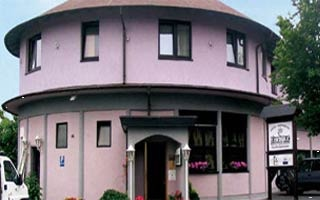 Fahrradfahrerfreundliches Hotel Restaurant Kasserolle in Siegburg
