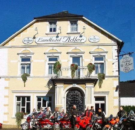 Fahrradfahrerfreundliches Landhotel Adler in Selters